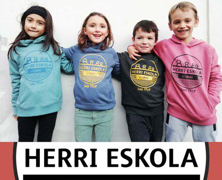 ¡Ya están aquí las nuevas sudaderas de Fleming Herri eskola!